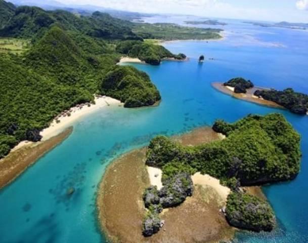 91077353-caramoan-island
