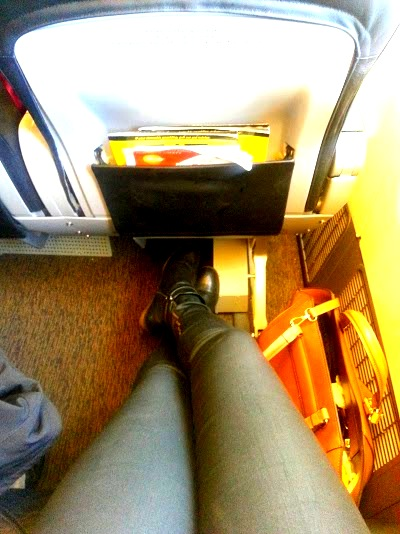 roomy leg space at the ScootBiz seats on Scoot Air
