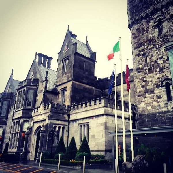 Staying at a Castle in Dublin: Clontarf Castle Hotel Review