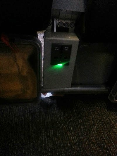 powerplug on Scoot Air Scoot Biz seats