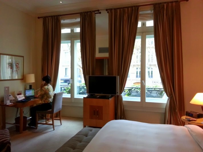 five star boutique hotel in paris the hyatt madeleine paris. Black Bedroom Furniture Sets. Home Design Ideas