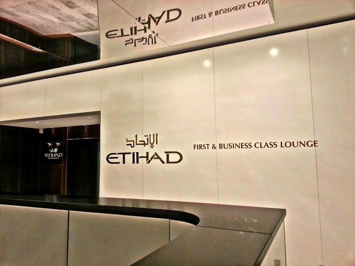 Etihad business class lounge Charles de Gaulle Paris