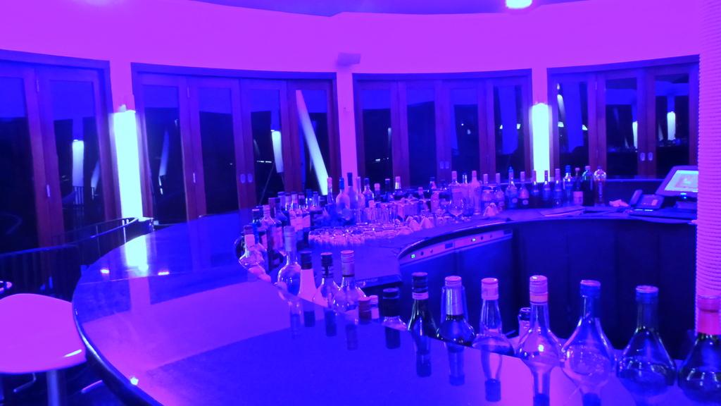 Edge Bar Niyama Maldives
