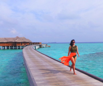 Stepping into dream time. Huvafen Fushi, Maldives