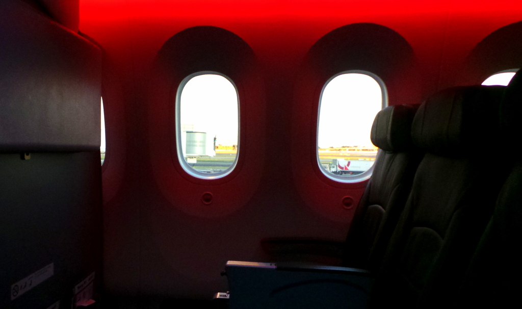 Bigger Windows on the Jetstar Dreamliner