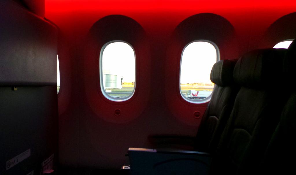 Bigger Windows on the Jetstar Dreamliner