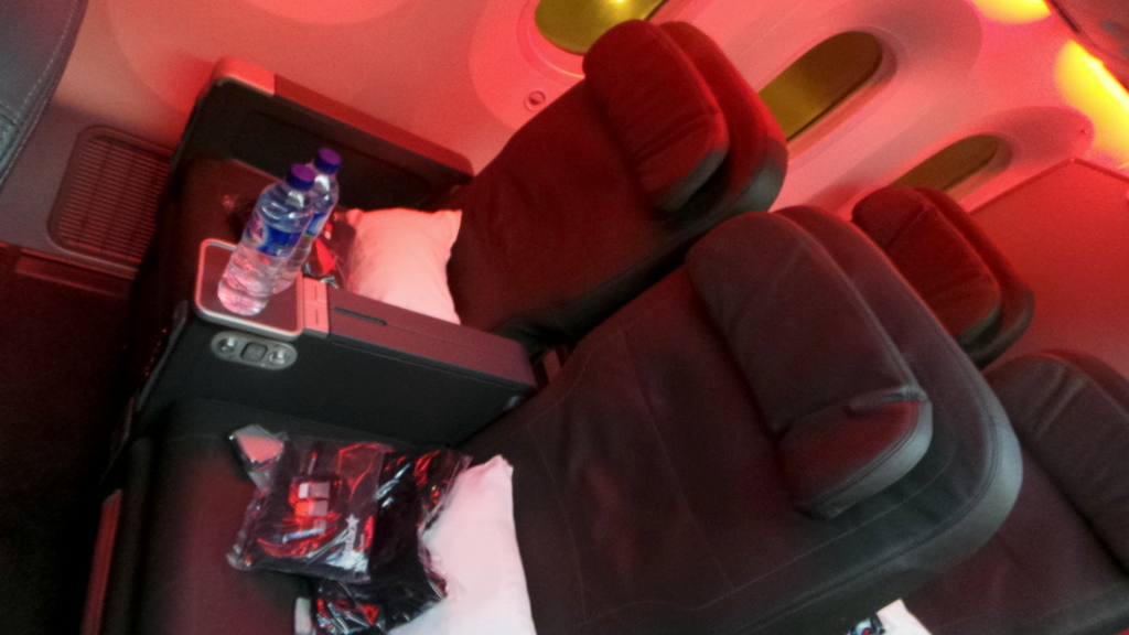 business class seats on the Jetstar Dreamliner 787
