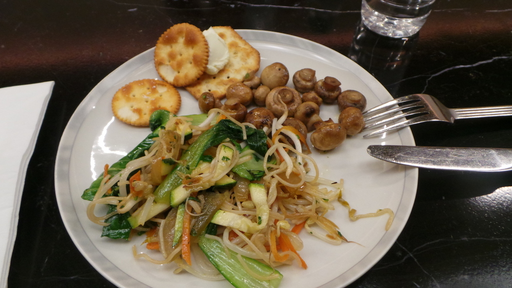 my breakfast plate at KrisFlyer Lounge in Sydney
