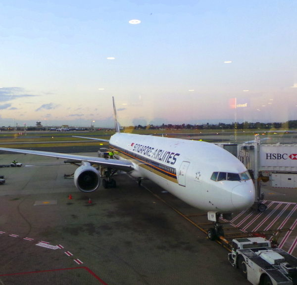 Flight Review: Singapore Airlines Sydney to Singapore Boeing 777-300A Economy Class