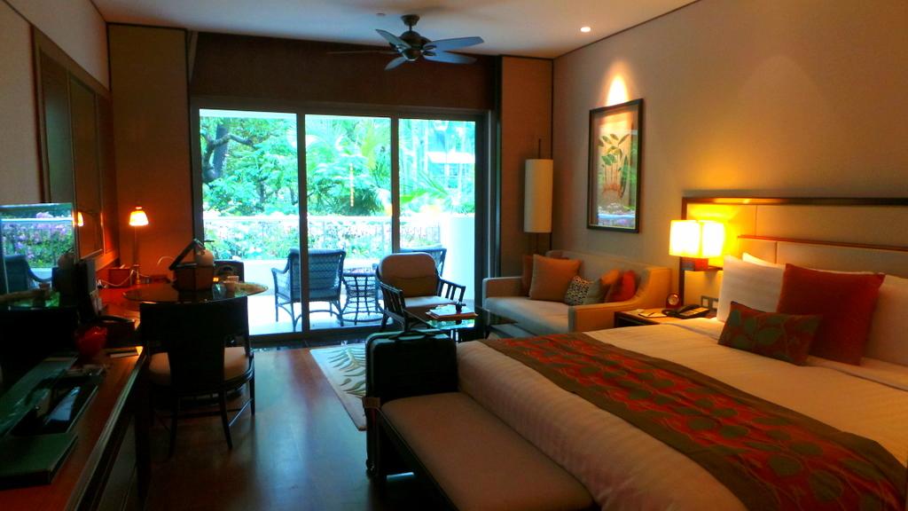 Garden Wing Deluxe Room, Shangri-la Singapore