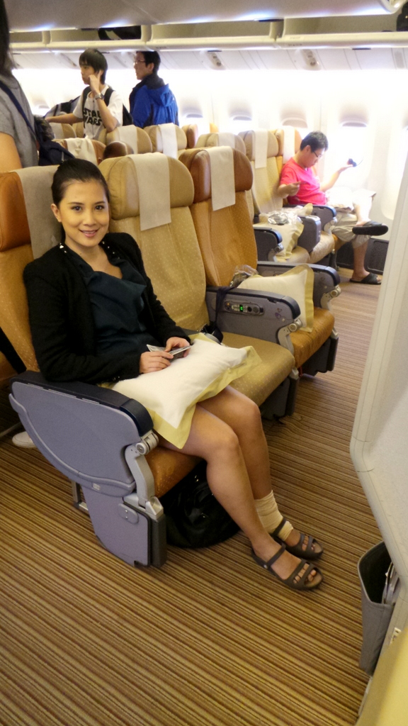 Front and Centre! Singapore to Hong Kong with Singapore Airlines