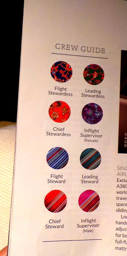the different uniform colour codes of Singapore Airlines cabin crew
