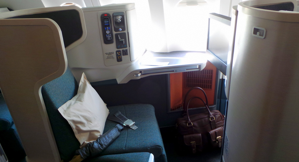 Cathay Pacific CX 162, business class seat 17A