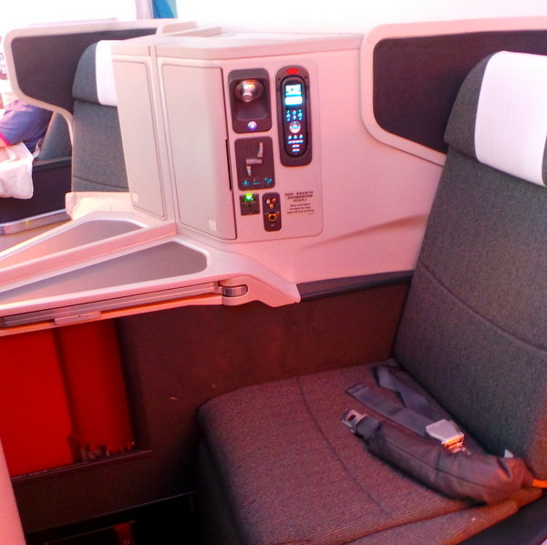 Flight Review: Cathay Pacific Sydney to Hong Kong Business Class