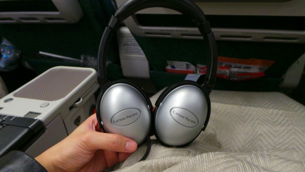 Noise Cancelling Headphones, Cathay Pacific Premium Economy CX 293 Hong Kong to Rome