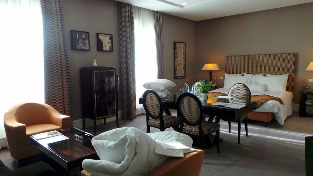 Open Suite Via Veneto View, Jumeirah Grand Hotel Via Veneto Rome
