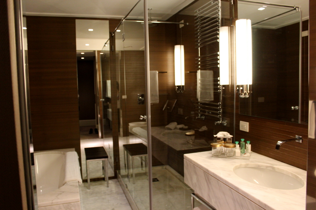 Bathroom at the Deluxe Room. Jumeirah Grand Hotel Via Veneto Rome