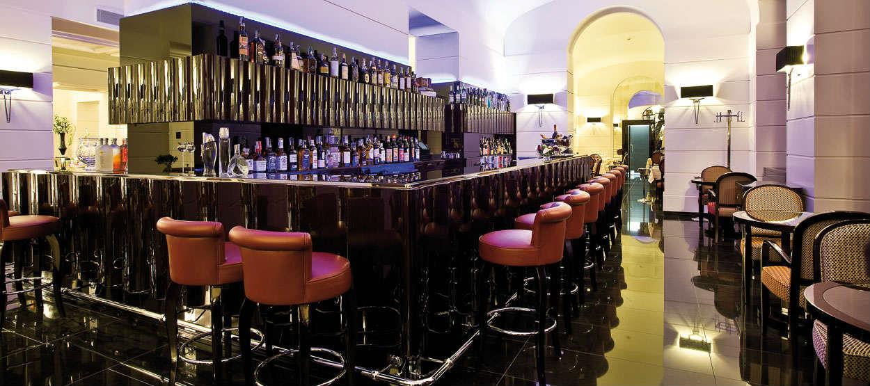 Time Bar & Restaurant at the Jumeirah Grand Hotel Via Veneto Rome