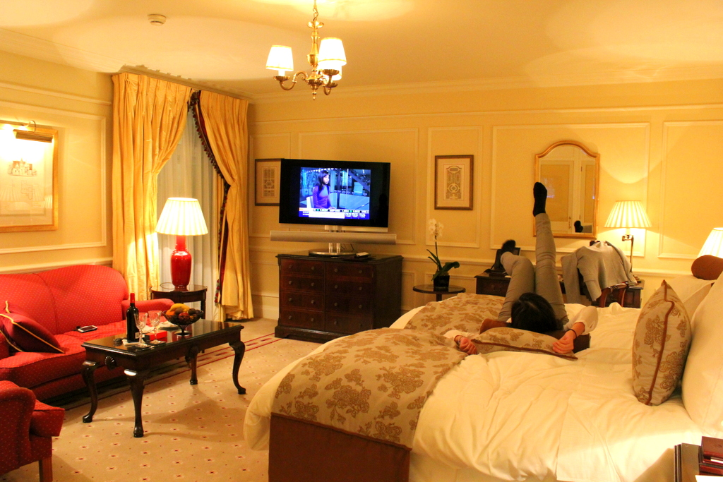 comfortable bed - Mandarin Oriental Hyde Park London