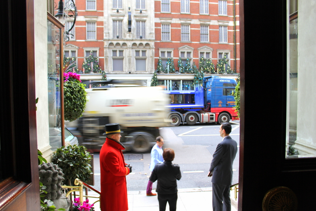 Facade and doorman of Mandarin Oriental Hyde Park London