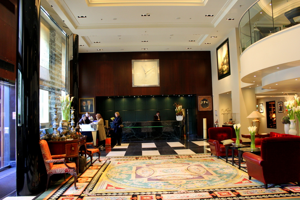 Lobby and Reception. Sofitel London St James