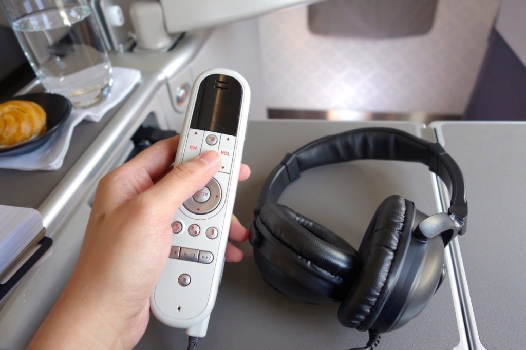 noise-cancelling headphones and handheld control