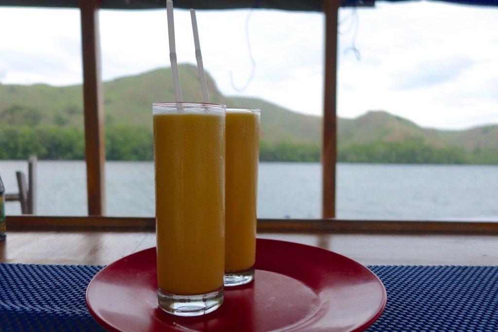 Fresh Mango Shakes!