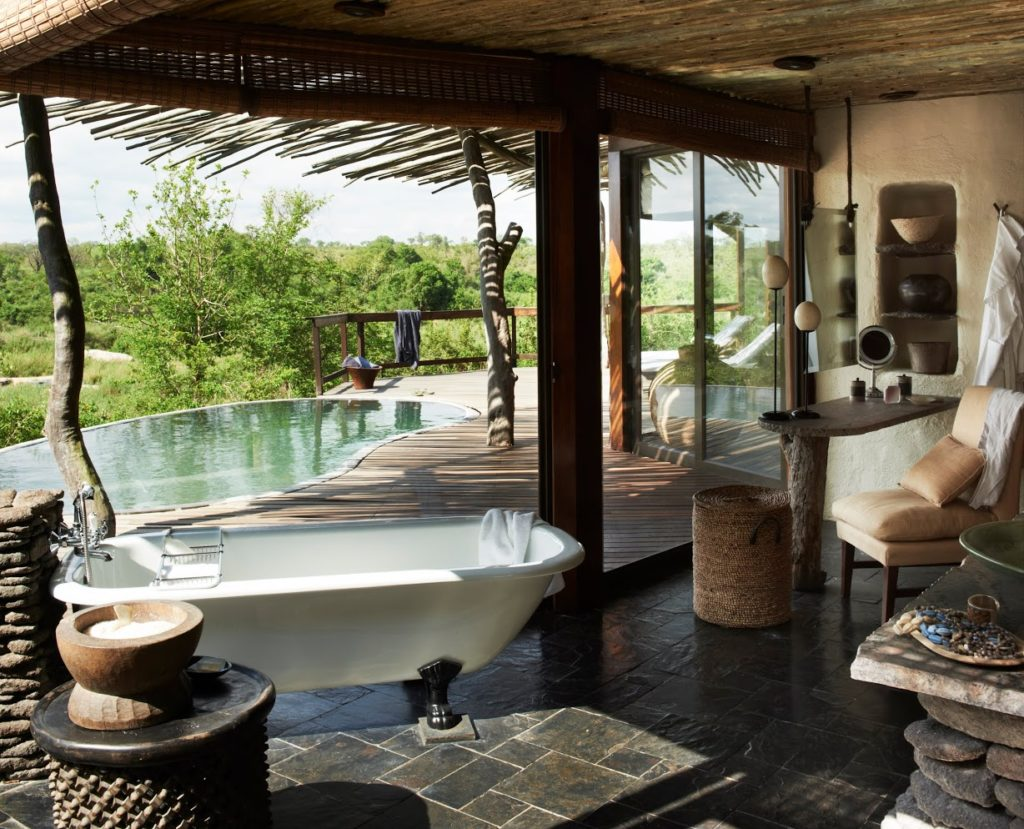 Singita Boulders Lodge. One of the luxury boutique hotels in the world with unique experiences