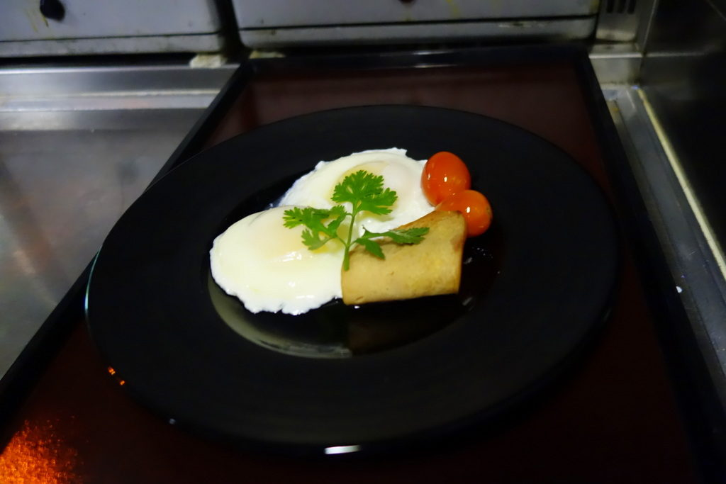 Garuda Indonesia's Chef On Board creation: Poached Eggs