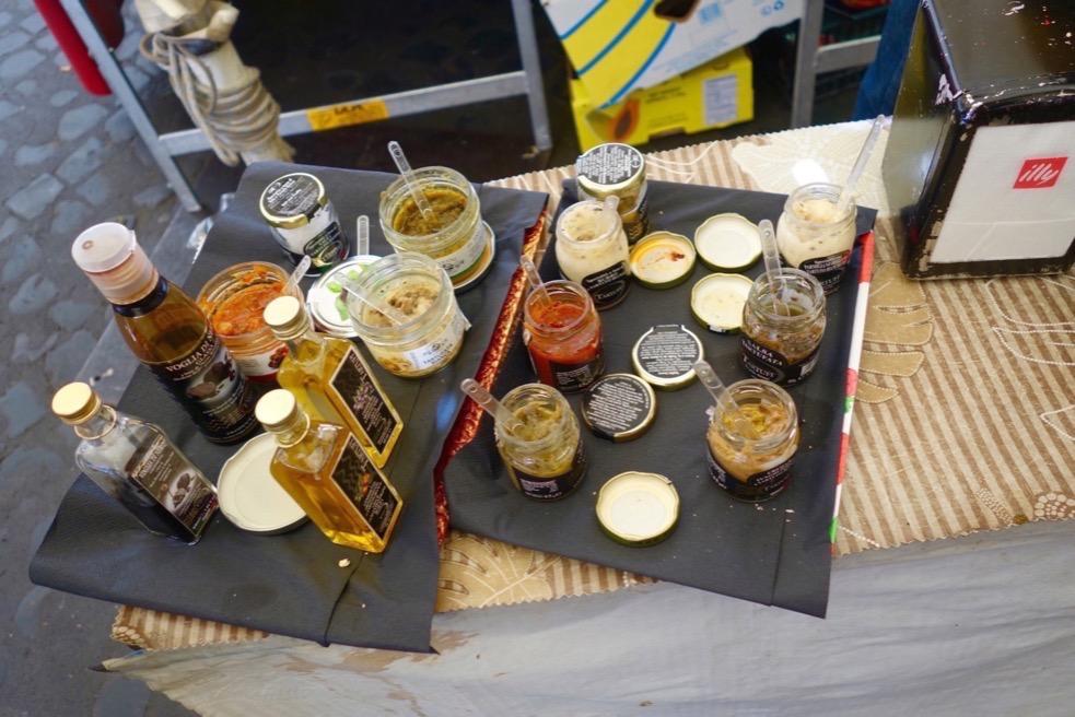 Truffle tasting. Campo de Fiori with The Roman Guy