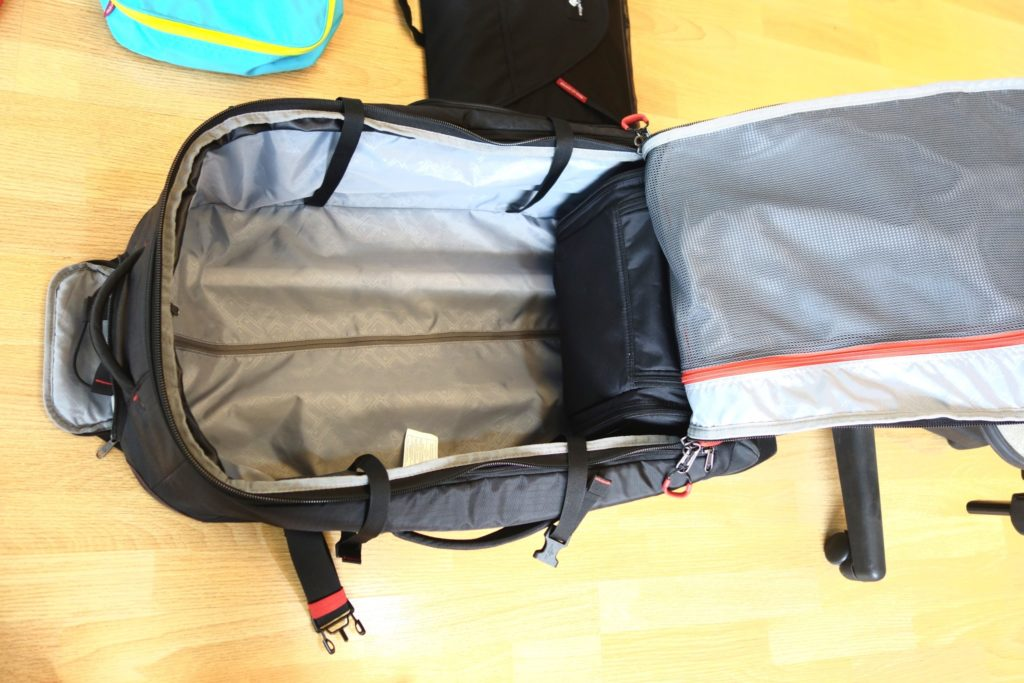 How to Pack with Packing Cubes: Place the Heaviest at the Bottom