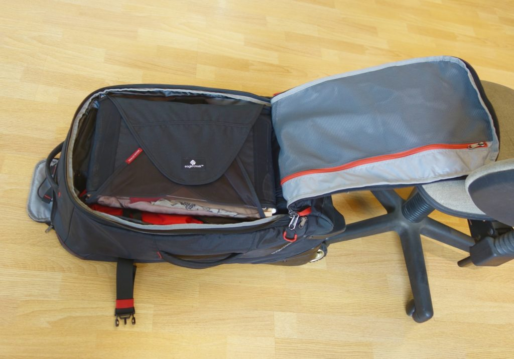 How to Pack with Packing Cubes: Packing envelope goes on top!