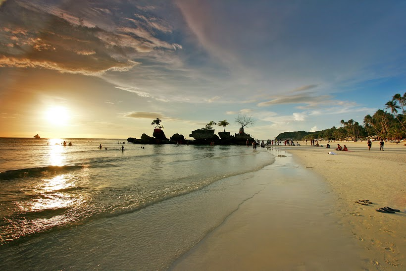 The World-Famous Boracay Sunset at White Beach