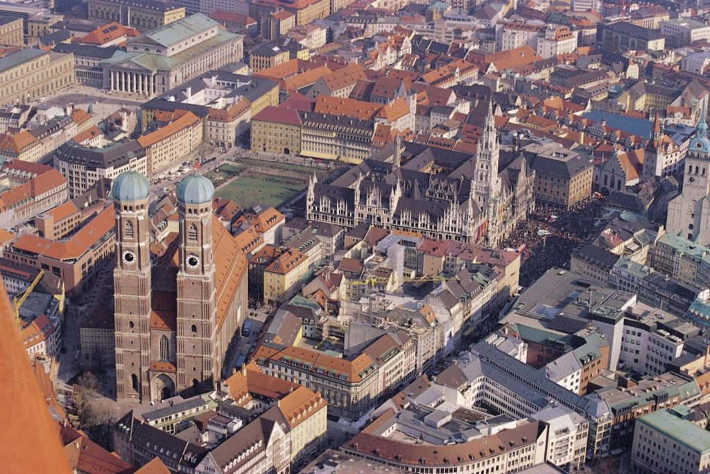 Munich from above. Photo by grayline.com