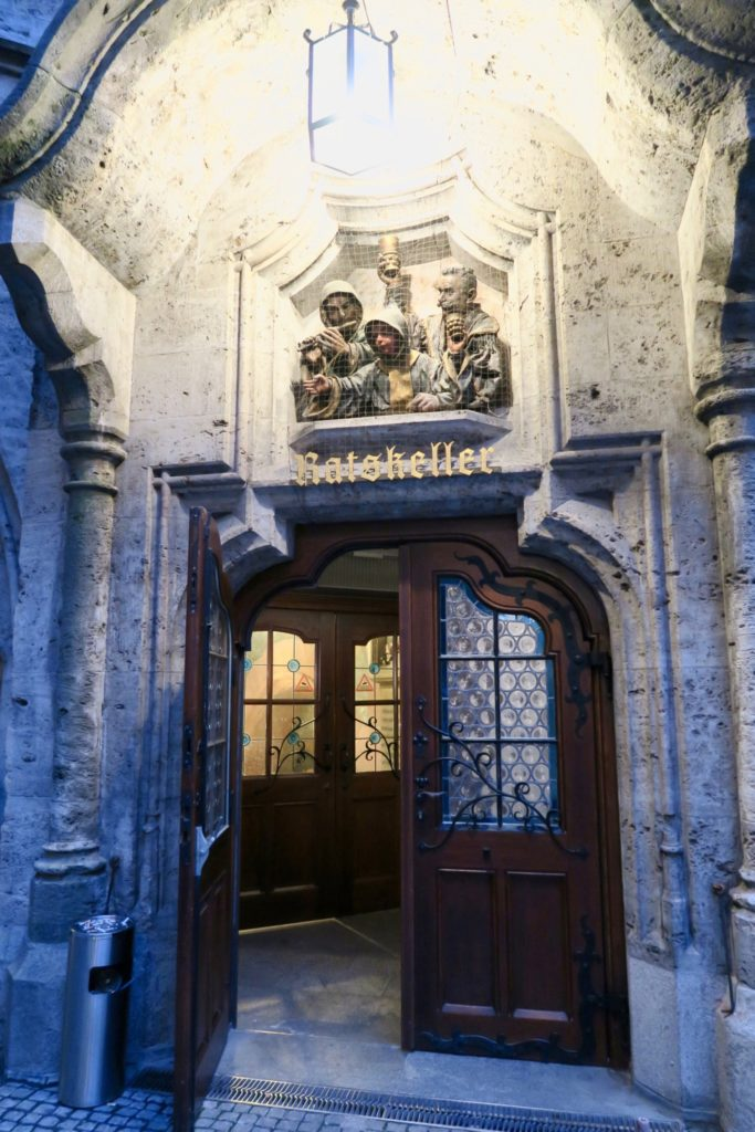 entrance to Ratskeller