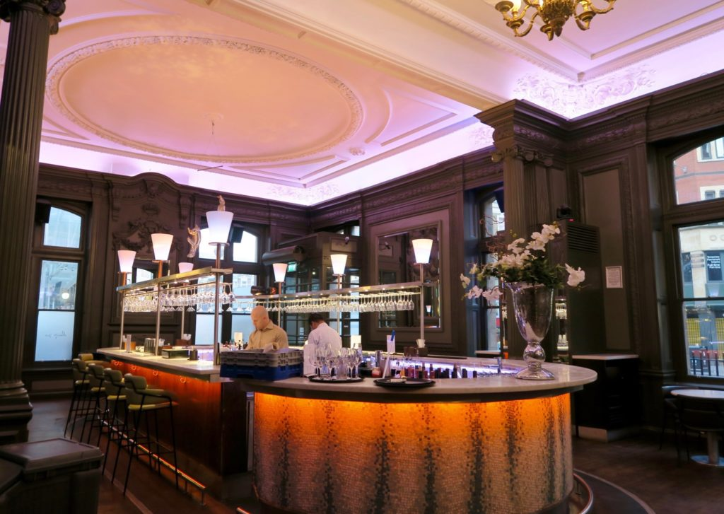 Catch Champagne Bar & Lounge at Andaz London Liverpool