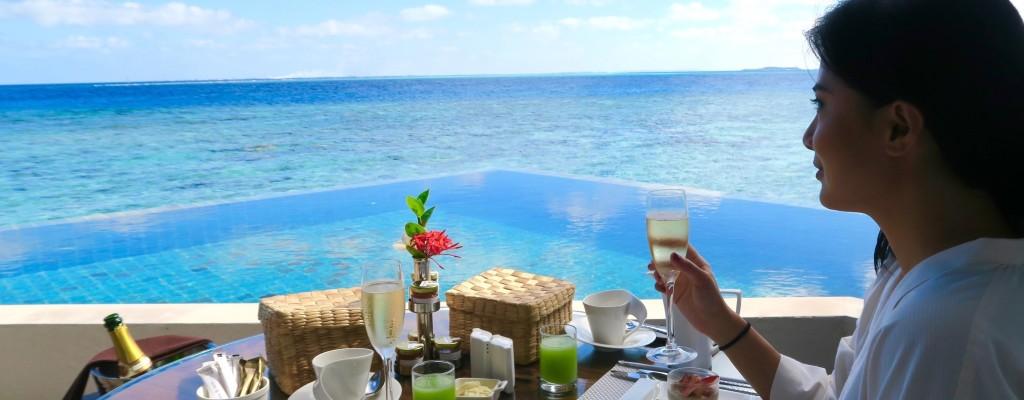 Jumeirah Vittaveli Maldives Resort Review