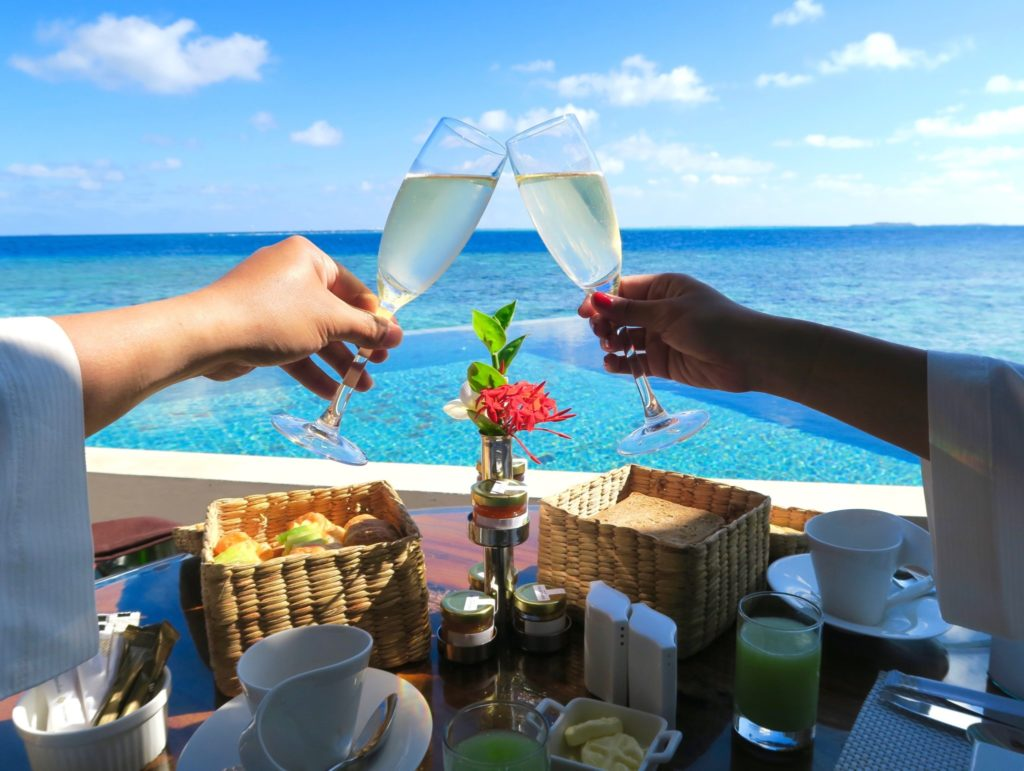 Cheers to the good times at Jumeirah Vittaveli!