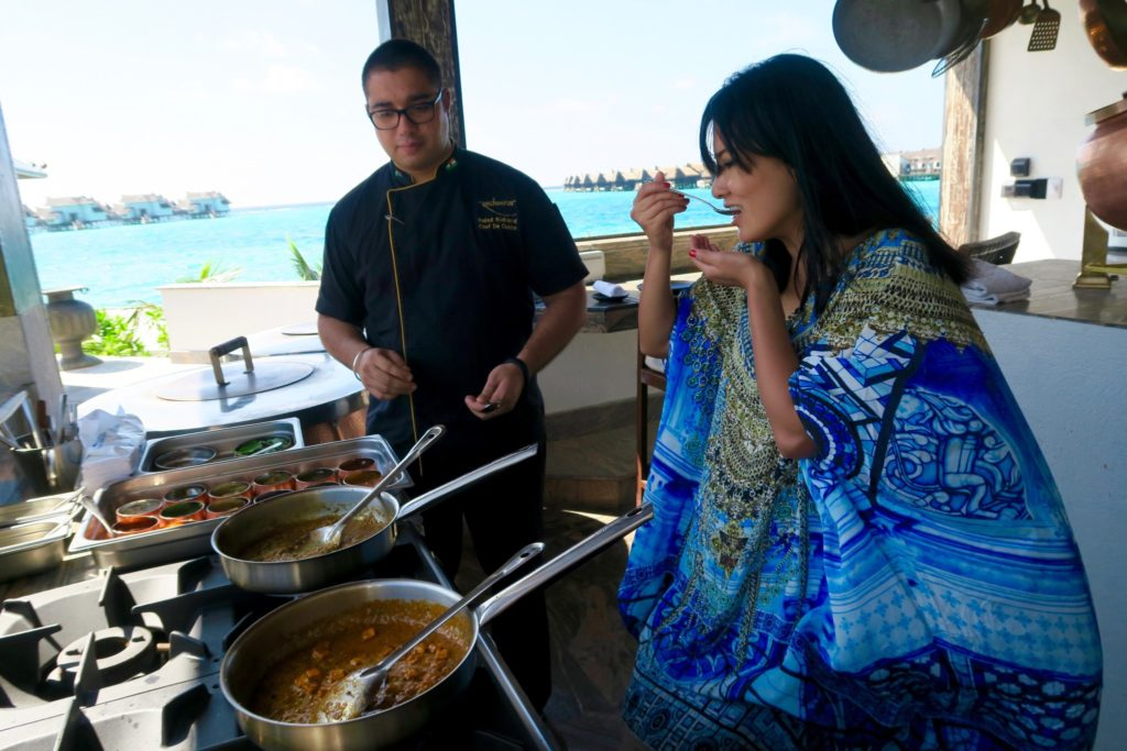 Learning to make Indian Cuisine at Swarna Restaurant, Jumeirah Vittaveli