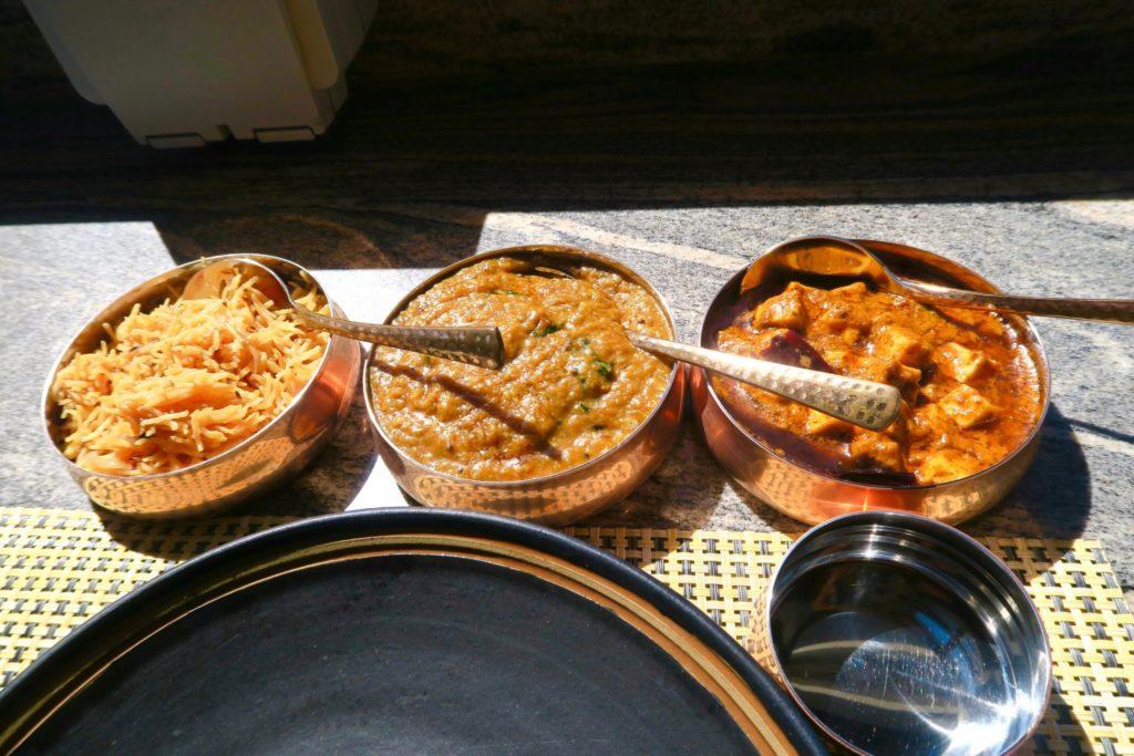 Our fresh curry lunch at Swarna Restaurant, Jumeirah Vittaveli