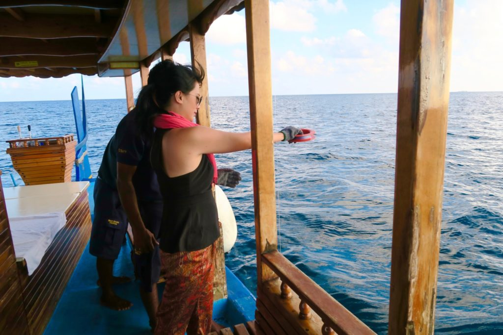 Learning to fish the traditional Maldivian way