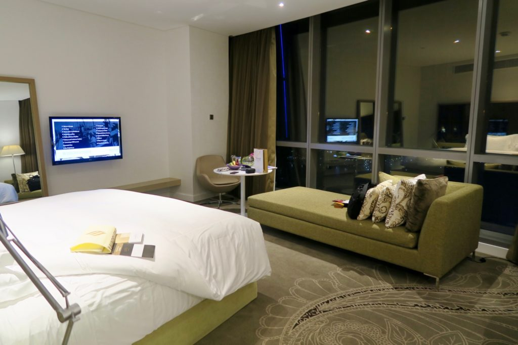 Deluxe King room, Jumeirah at Etihad Towers