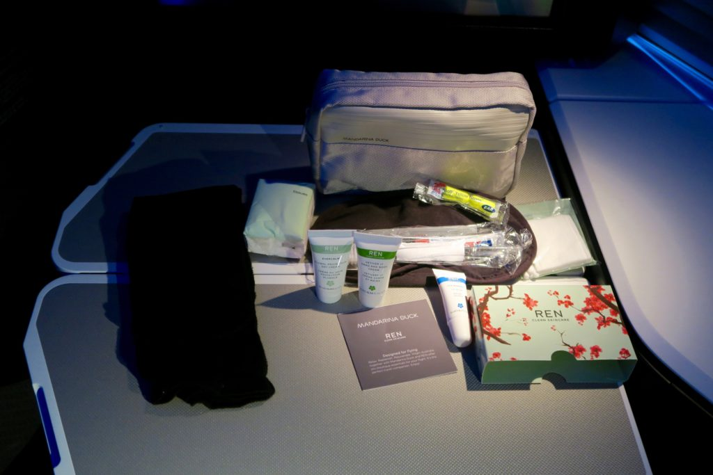 Amenity Kit by Mandarina Duck and REN Skincare. Virgin Australia Business Class VA 2 Los Angeles to Sydney