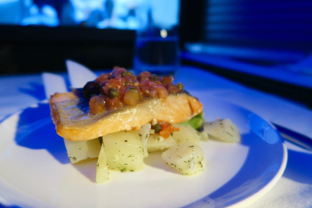 Main course for dinner, Virgin Australia Business Class B777-300 VA 2