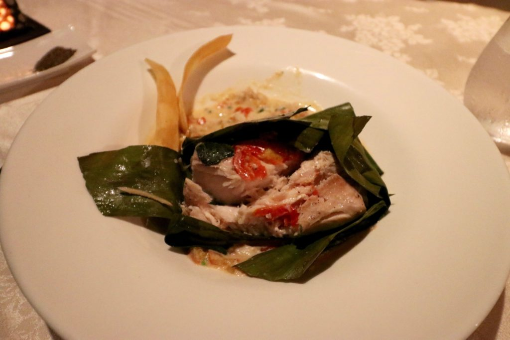 Deep Sea Snapper and Shelled Mud Crabs - Ivi Restaurant, Outrigger Fiji Resort