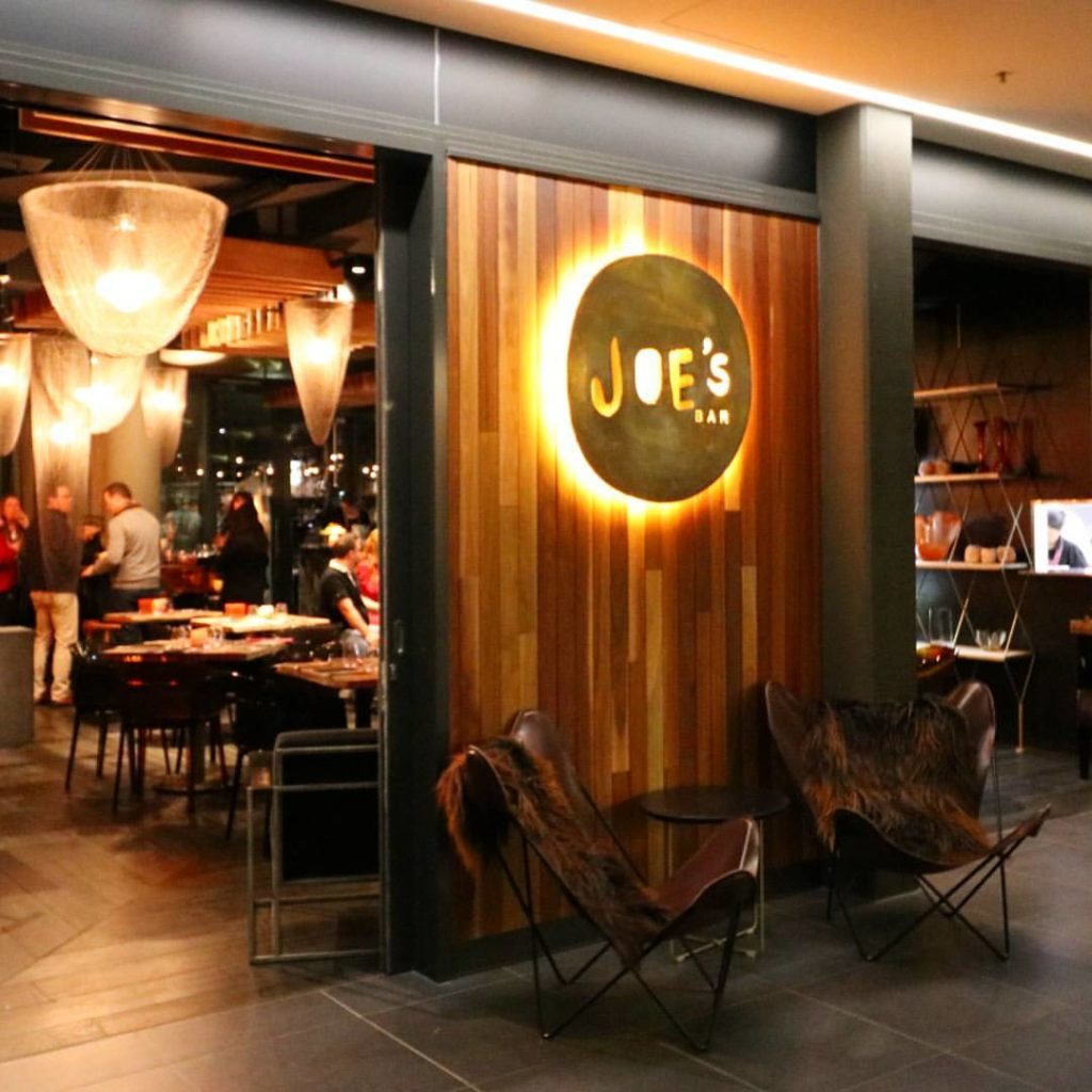 Joes Bar Canberra East Hotel