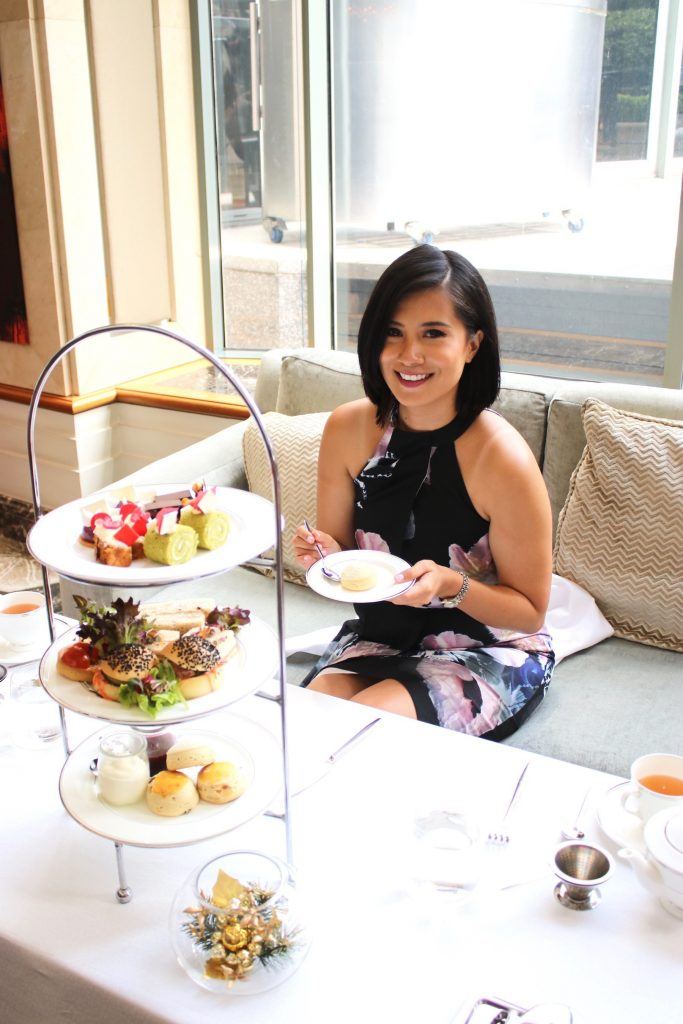 It's never too early for Morning Tea! At the Lobby Lounge of Shangri-la Hotel Sydney