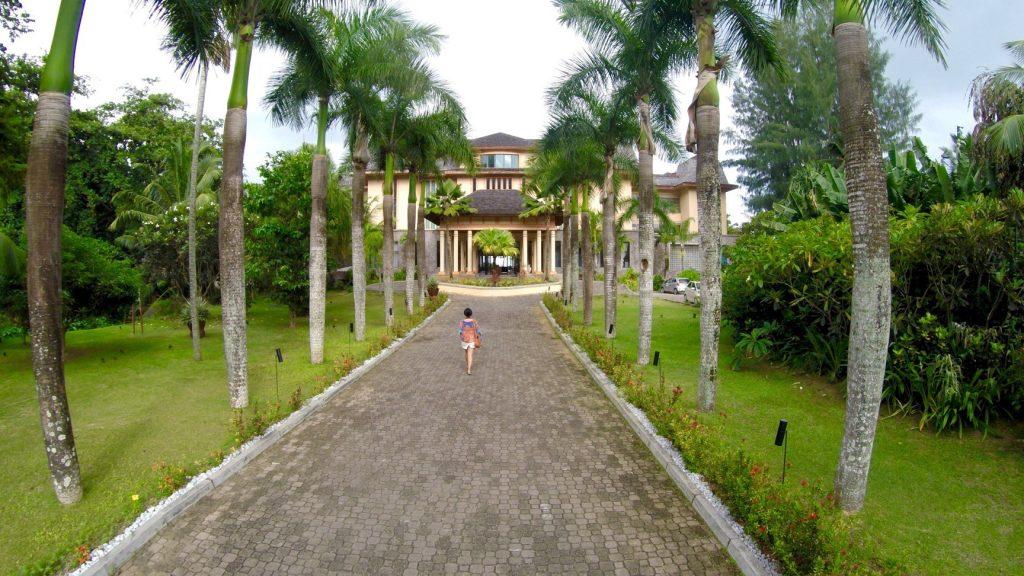Doubletree by Seychelles Hilton Allamanda