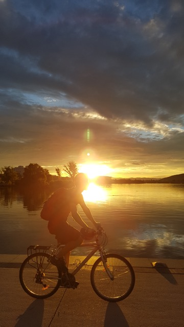 Summer in Canberra, Location: Lake Burley Griffin