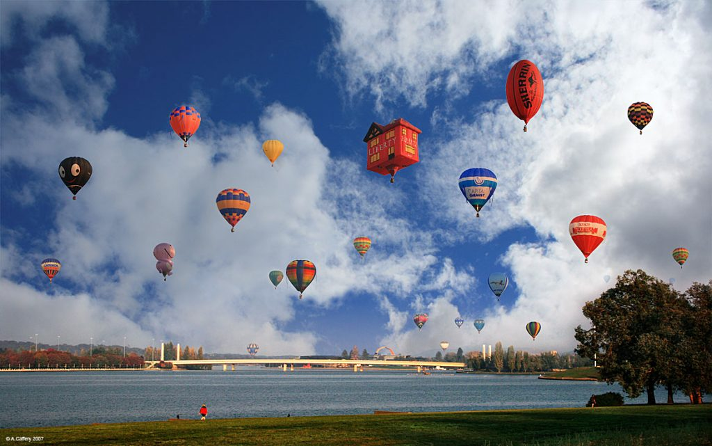 Canberra Balloon Spectacular. Photo credit : Anthony Caffery https://www.flickr.com/photos/acaffery/504211357